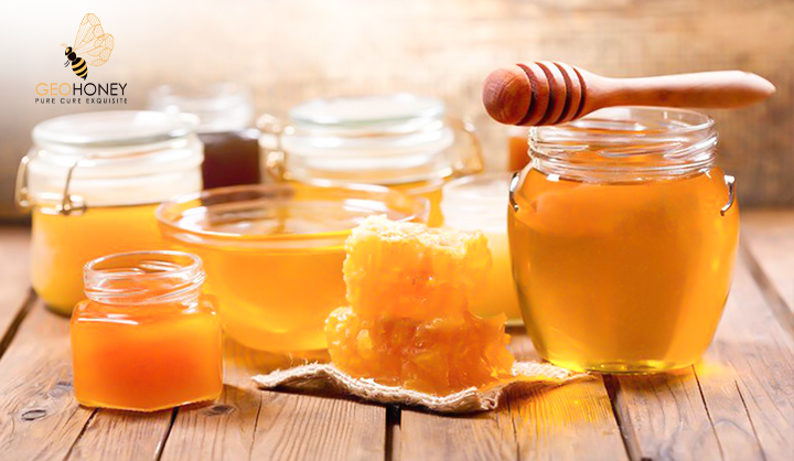 Honey as a Potential Natural Antioxidant Medicine: An Insight into Its Molecular Mechanisms of Action